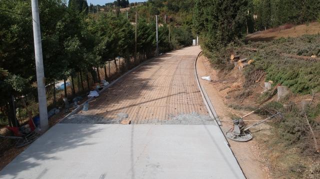 İnetbeyli'de Yol Çalışmaları Devam Ediyor
