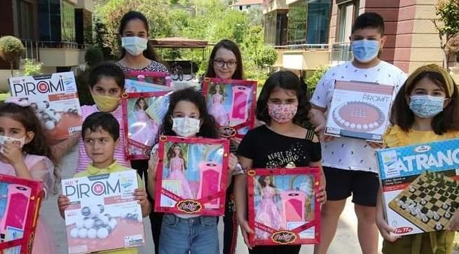 Başkan Yıldırım Çocuklara Bayram Hediyesi Gönderdi
