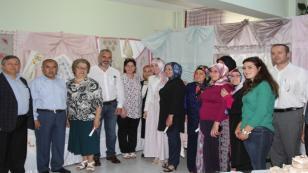 Dereköy'de Yıl Sonu Sergisi Açıldı