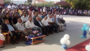 Karamürsel Anadolu Lisesinde Mezuniyet Heyecanı