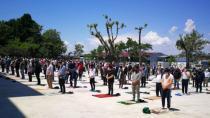 Karamürsel'de 74 Gün Sonra Cuma Namazı Kılındı
